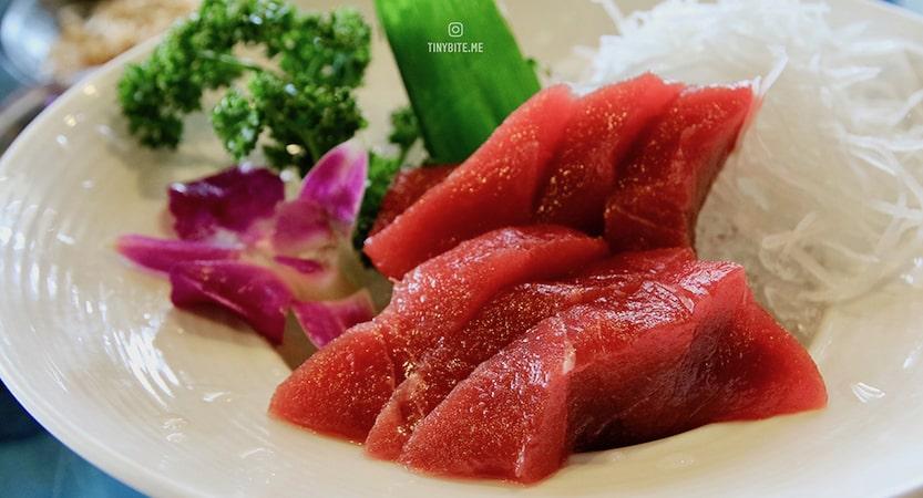 [東港美食] 佳珍海產 | 吃黑鮪魚就是要到東港 toro生魚片350起 部位齊全任你挑 還有各種黑鮪特色料理