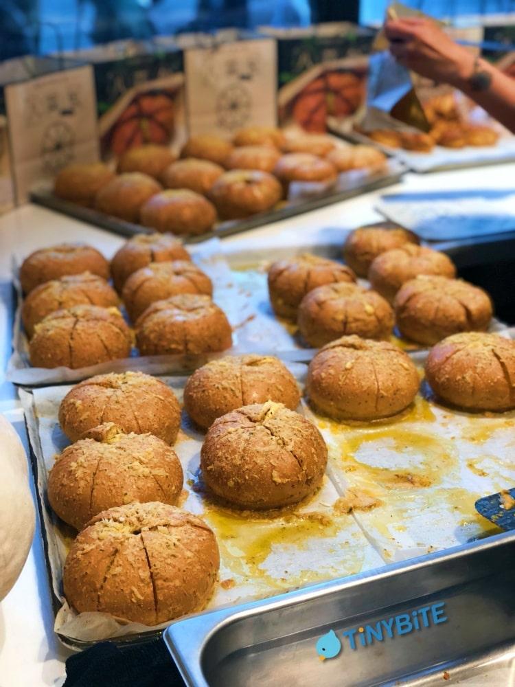 小鳥胃 團購美食 八蒜包 懿品乳酪菓子手造所 加州乳酪 肉桂捲捲 台中西區美食 公益路美食